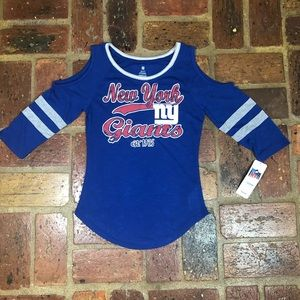 NWT~ NFL brand New York Giants cold shoulder tee